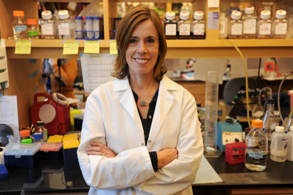 Researcher Studying Antioxidants in Lung Disease Earns Outstanding Investigator Award